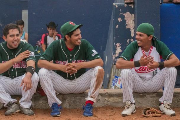Baseball in Todos Santos- Tres Santos